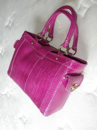 Coach Louis Vuitton Dooney Bourke Hermes Rare Vintage Tote in Magenta Pink