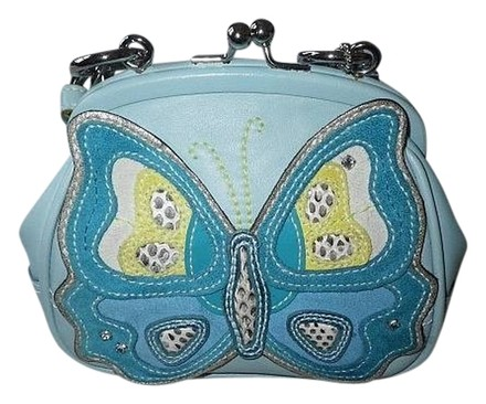 Preload https://item2.tradesy.com/images/coach-ltd-ed-sm-butterfly-framed-kisslock-leather-purse-wow-blue-nickel-hardware-satchel-726166-0-0.jpg?width=440&height=440