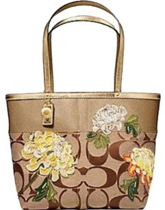 Coach Purse Tote in gold