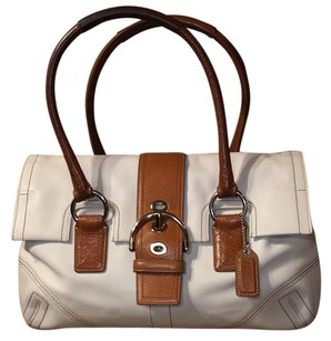 Coach Satchel in Off White/camel