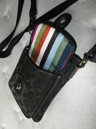 Coach Louis Vuitton Dooney Bourke Gucci Channel Rare Vintage Cross Body Bag