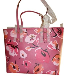 Coach Tote in Dahlia multi/pink