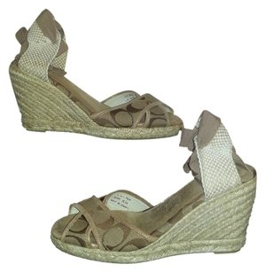 Coach Wedge Sandal Peeptoe Jacquard brown Wedges