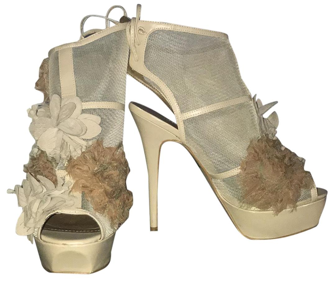 adc8d21f0 Colin Stuart Nude 265723-608 Platforms Size US 8 8 8 Regular (M
