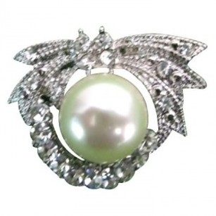Cute Round Brooch Silver Plated Pearls At Center Pretty Purse Brooch