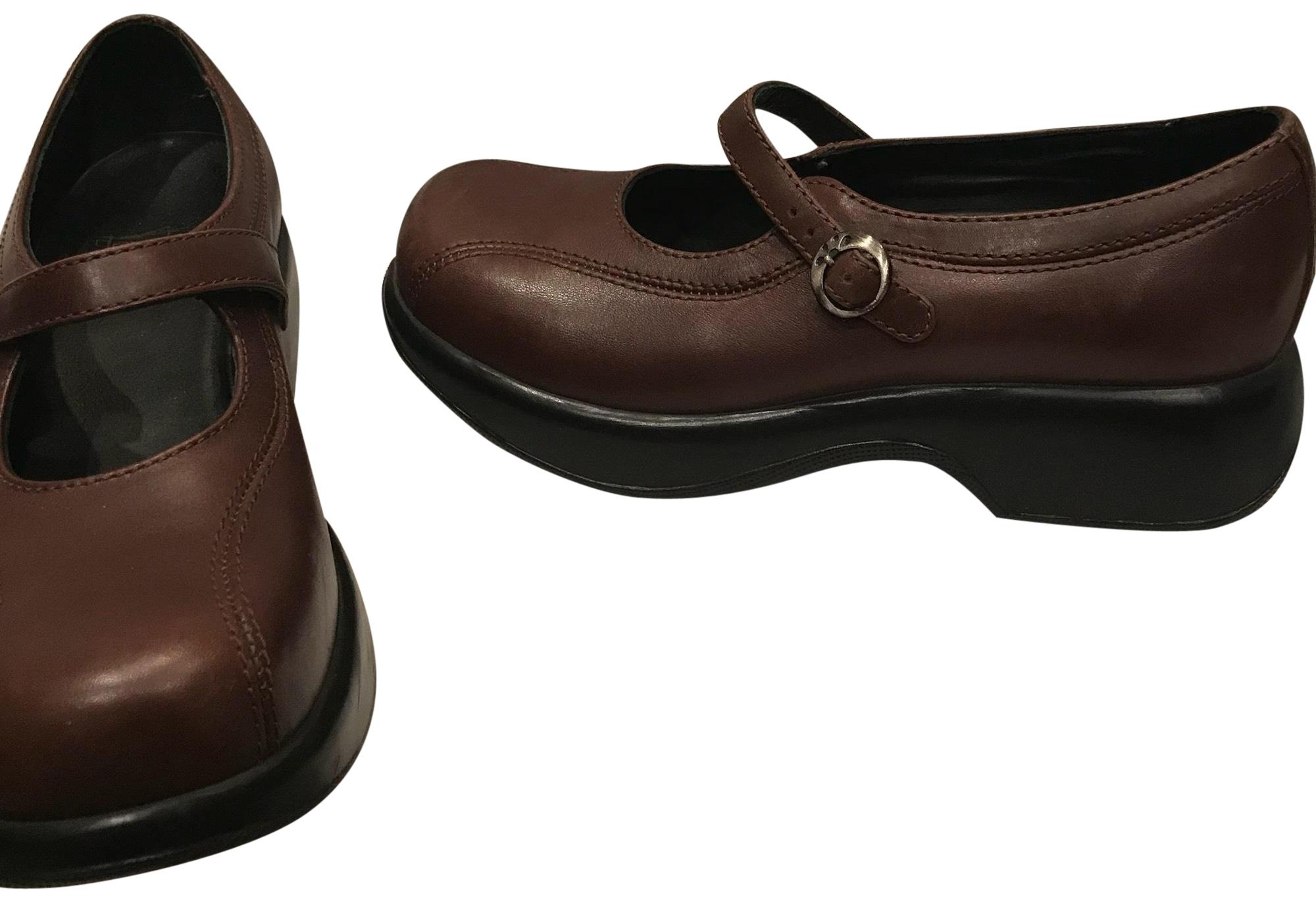2dac4be91402 Dansko Brown Mary Janes 38 7.5 M Flats Size Size Size US 7.5 Regular ...