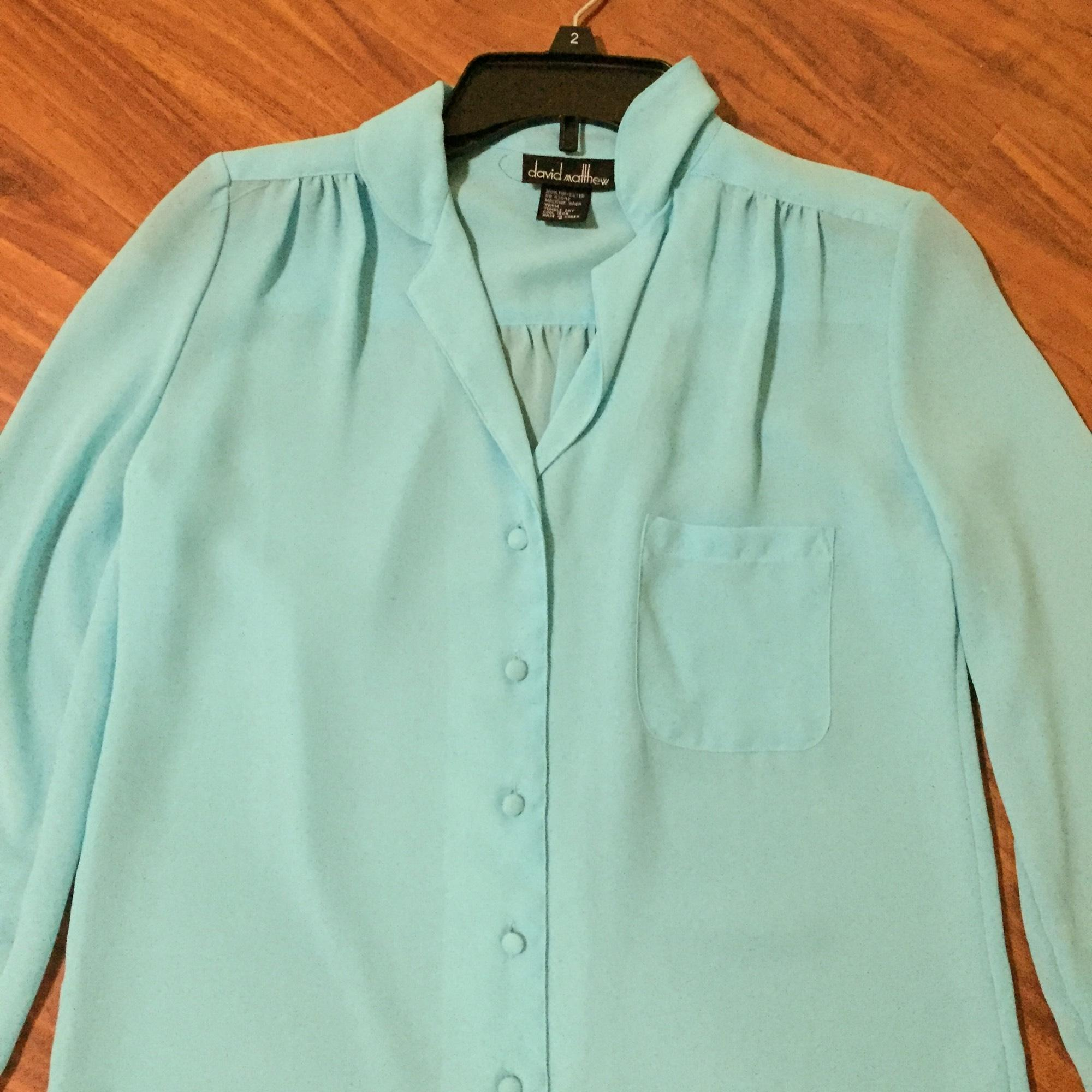 Men's Button-Downs. The perfect addition to top off any outfit, men's button-down shirts from Kohl's are ideal for every ajaykumarchejarla.ml offer many styles, designs and fits, meaning your options for men's button-downs from Kohl's are almost endless.