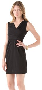 Diane von Furstenberg V Neck Classic Falttering Pleated Ruched Dress