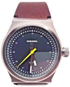 Diesel Diesel Analog 3-hand Leather Mens Watch Dz1562 Needs Battery