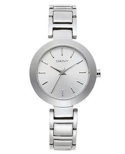 DKNY Dkny Womens Silver Steel Bracelet Case Mineral Glass Watch Ny8831