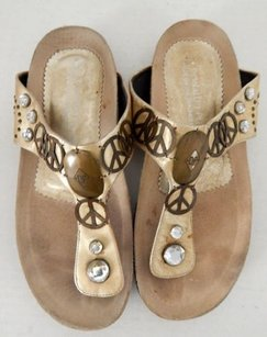 Donald J. Pliner Paolo Gold Sandals
