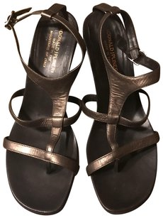 Donald J. Pliner Temira 9.5 Sandals