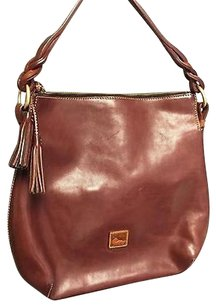 Dooney & Bourke Leather W Tassels Guc B2122 Shoulder Bag
