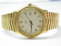 Ebel Mens Yellow Gold Ebel Classic Wave 18kt Watch Day Date Midsize