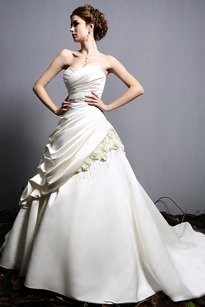Eden Eden 2409 Wedding Dress