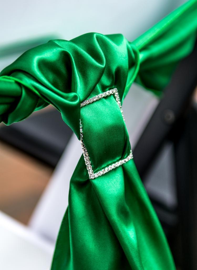 Emerald Green Chair Sashes And Rhinestone Buckles Reception Decoration