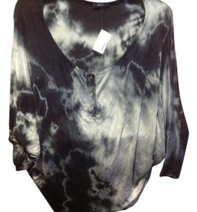 Other Enti Brand New With Tgas Dye Style Is Main Color Cute &comfy T Shirt Black tie dyed, look