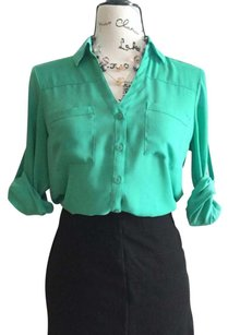 Express Top white, punk, green, beige