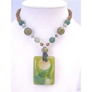 Vintage Sequare Pendant Fashionable Green Jade Square Pendant Necklace