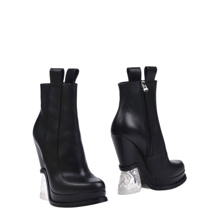 Fendi Black New Boots/Booties Size EU 38.5 (Approx. US 8.5) Regular (M, B)