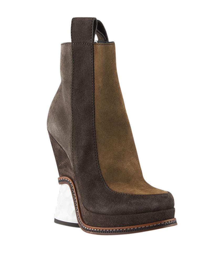Fendi Brown Chelsea Suede Ankle (124619) Boots/Booties Size US 6