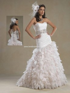 Forever Yours International Brand New 4986 Wedding Dress