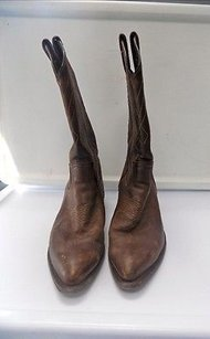 Frye Pointed Toe Block Heel Pull On Top Stitched Cowboy B3511 Brown Boots