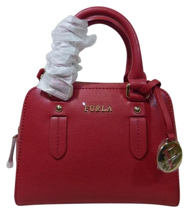 Furla on Sale - Up to 80% off at Tradesy