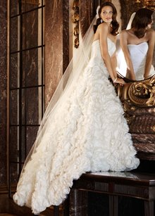 Galina Sv415 Wedding Dress
