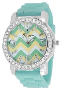 Geneva Round Chevron Crystal Face / Silicone Watch