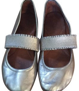 Gentle Souls Pewter Flats