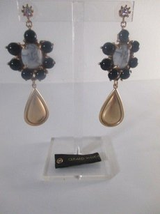Gerard Yosca Gerard Yosca Howlite Black Bead Gold Teadrop Statement Earrings