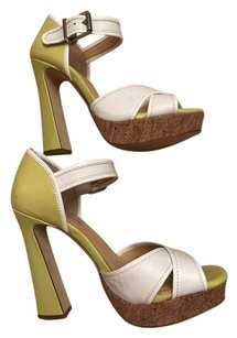 Gianni Bini Ankle Strap Buckle Heel Support White/ Yellow green Platforms