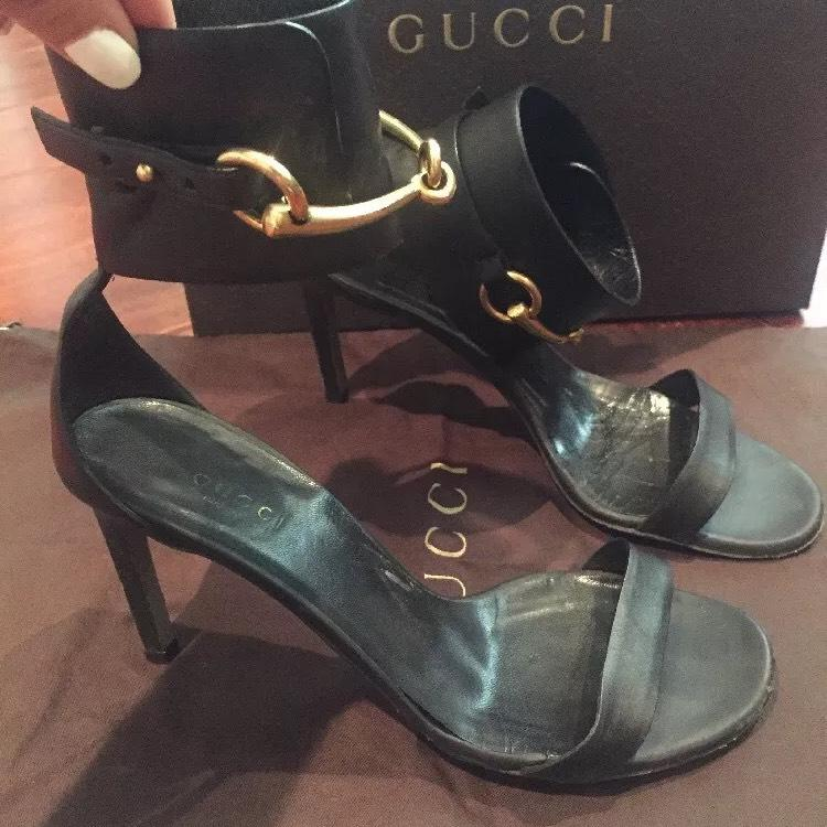 Gucci Black W/gold Hardware Ursula