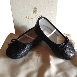Gucci Navy blue Infant/Baby Size 19/us 3 Flats