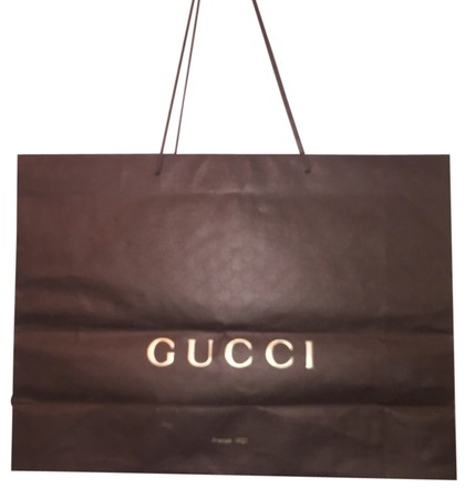 Preload https://item2.tradesy.com/images/gucci-shopping-tote-2127991-0-0.jpg?width=440&height=440