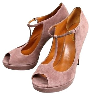 Gucci Suede Betty Platform Dust Pink Platforms