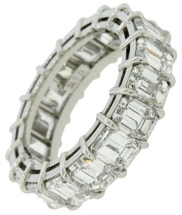 9.35ct G-H VS1-SI1 Platinum Emerald Cut Diamond Eternity Wedding Band Ring