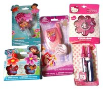Hello Kitty 5-Peice Little Girl Disney/Nickelodeon/Hello Kitty/Dora Makeup/Fingernail Polish/Glitter/Lipgloss age 3+ Retail $37.95