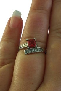 Helzberg Diamonds NEW! Cross Over Princess Cut Red & White Gemstone White Gold Tone Ring