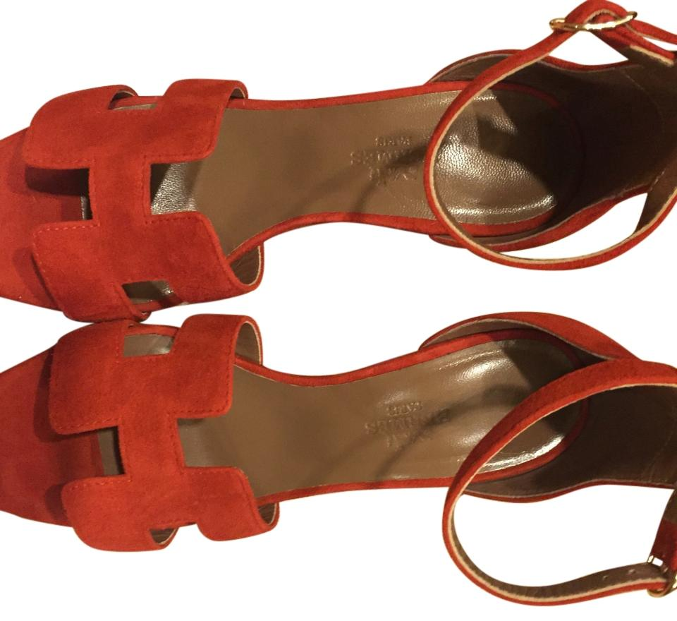 Hermès Deep Orange Color Wedges ...