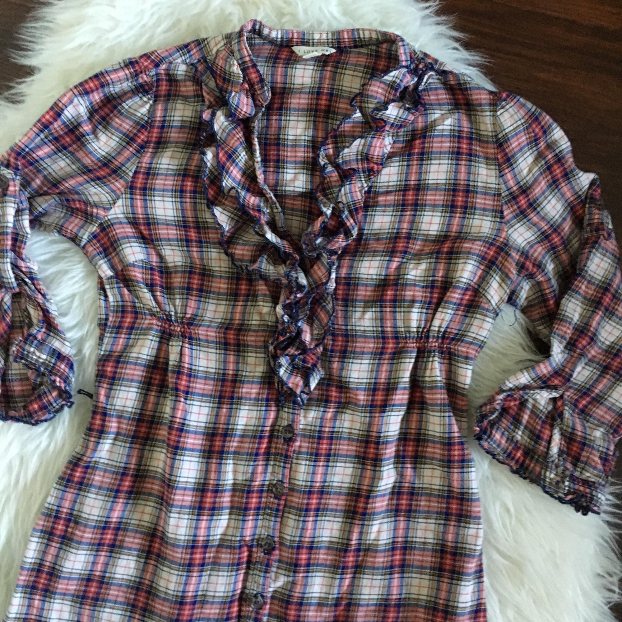 portrait love and white plaid dress Crisp blues and whites are the perfect canvas for your next family portrait here's a guide on how to dress your j&j plaid shirt c: white dress you love and.