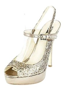 INC International Concepts Good gold Pumps