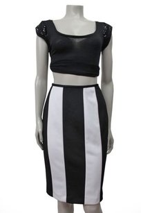 Isaac Mizrahi White Color Pencil Skirt Black