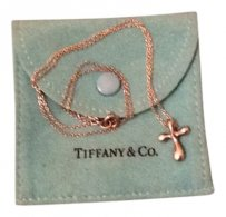 Tiffany Tiffany necklace. authentic purchased in the Tiffa
