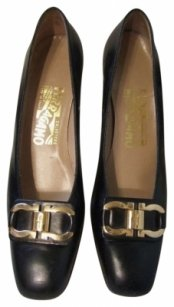 Ferragamo Mad Men Vintage Black Pumps