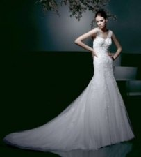 Enzoani Diana Bustle http://www.tradesy.com/weddings/wedding-dresses/enzoani-diana-wedding-dress-87030