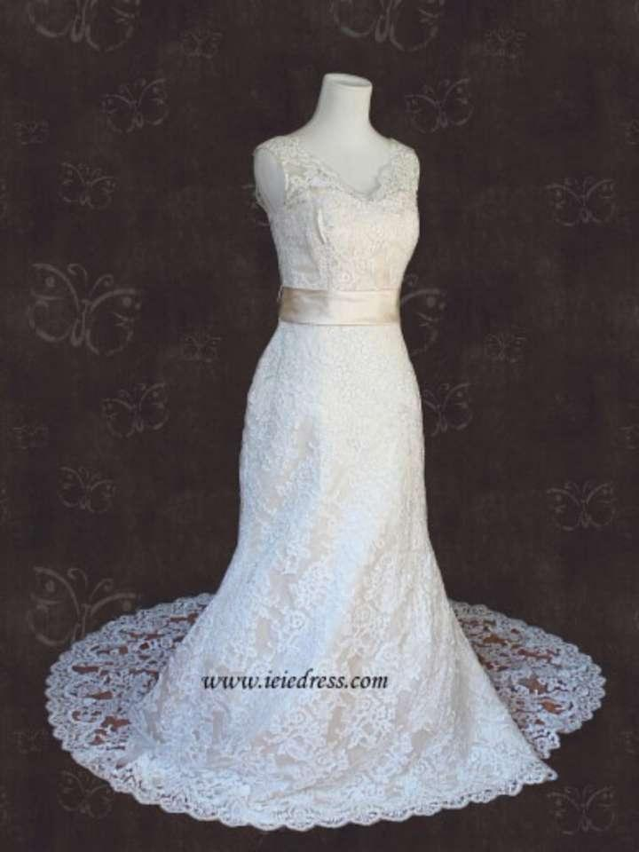 Tradesy error for Fit n flare lace wedding dress