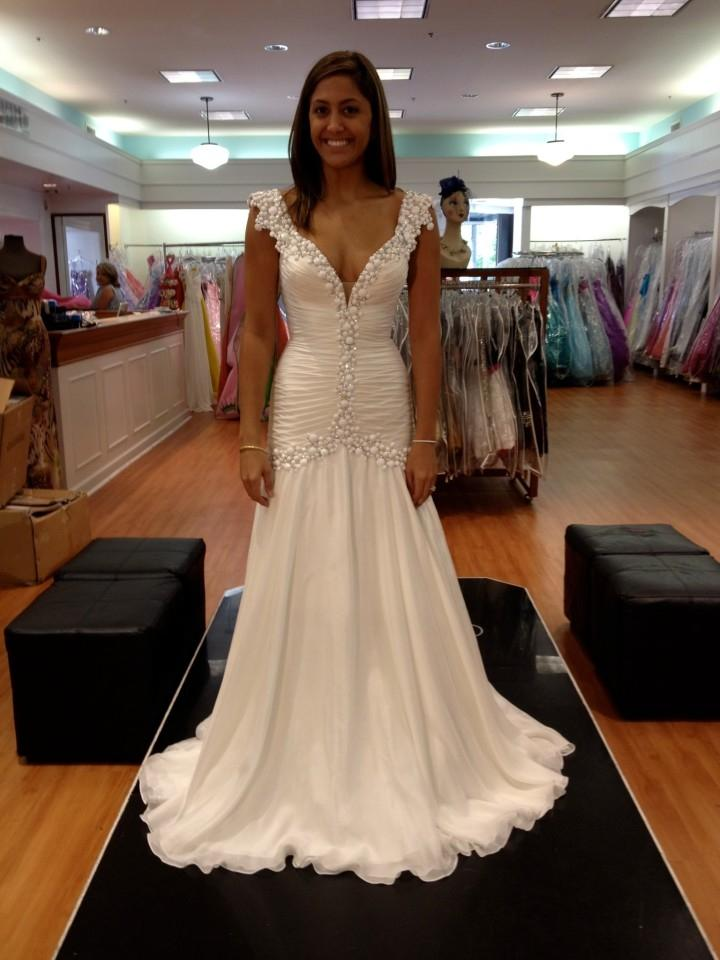 Sherri hill wedding dress tradesy weddings for Wedding dress sherri hill