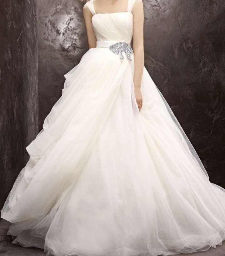 Ball Gown Wedding Dresses By Vera Wang : Vera wang white by tulle ball gown vw